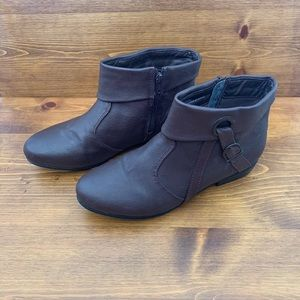 Comfortview Ankle Boots Size 9.5W